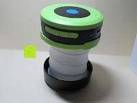 groß: OUTAD 2-in-1 Outdoor Wireless Bluetooth Lautsprecher & LED Lampe mit eingebautem Mikrofon, einstellbarem Licht und Broadcom 3.0