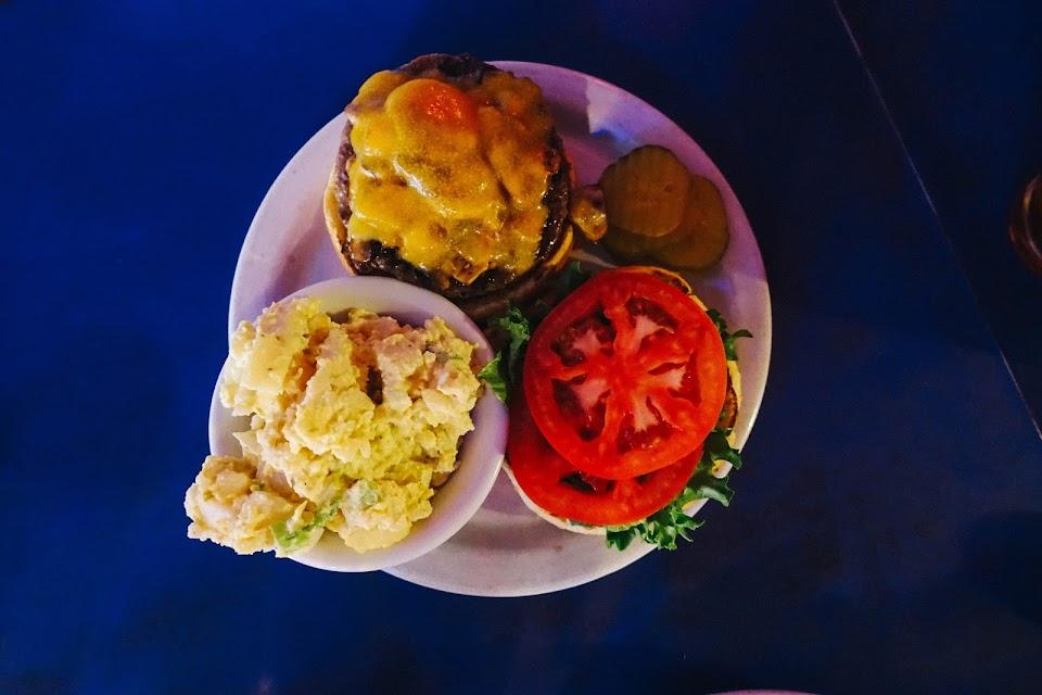 マッシュルームチーズバーガー(Mushroom Cheese Burger)