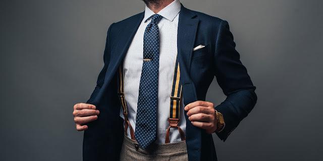 Pria Wajib Tahu! Jangan Kenakan Sabuk dan Suspender dalam Satu Waktu!