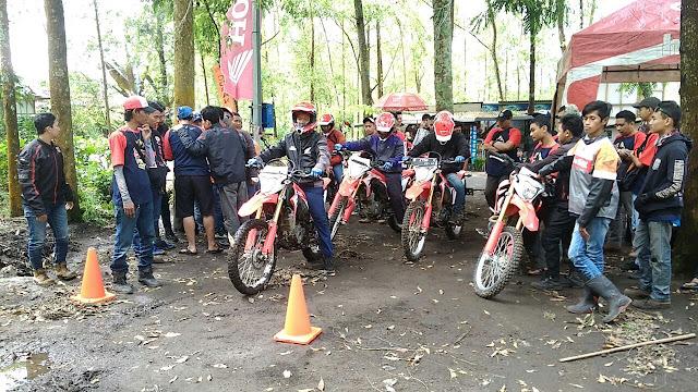 Honda CRF150 Bikers Camp Batu