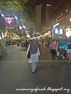 singapore, budget trip, backpackers to singapore, hoe to go to orchard road from woodland, mrt, lapangan terbang senai, airport senai to jb sentral, kastam jb, hotel yang dekat dengan kastam jb, singapore trip, lush singapore, magnum cookies and cream, dari jb ke singapore, macam mana nak ke singapore dengan menaiki pengangkutan awam dari jb, hotel dekat dengan ciq, dari ciq ke singapore, uss singapore, harga tiket uss, macam nak ke uss, merlion, singapore signature, tugu singapore