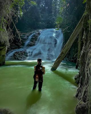 Air terjun Batu Jonjong