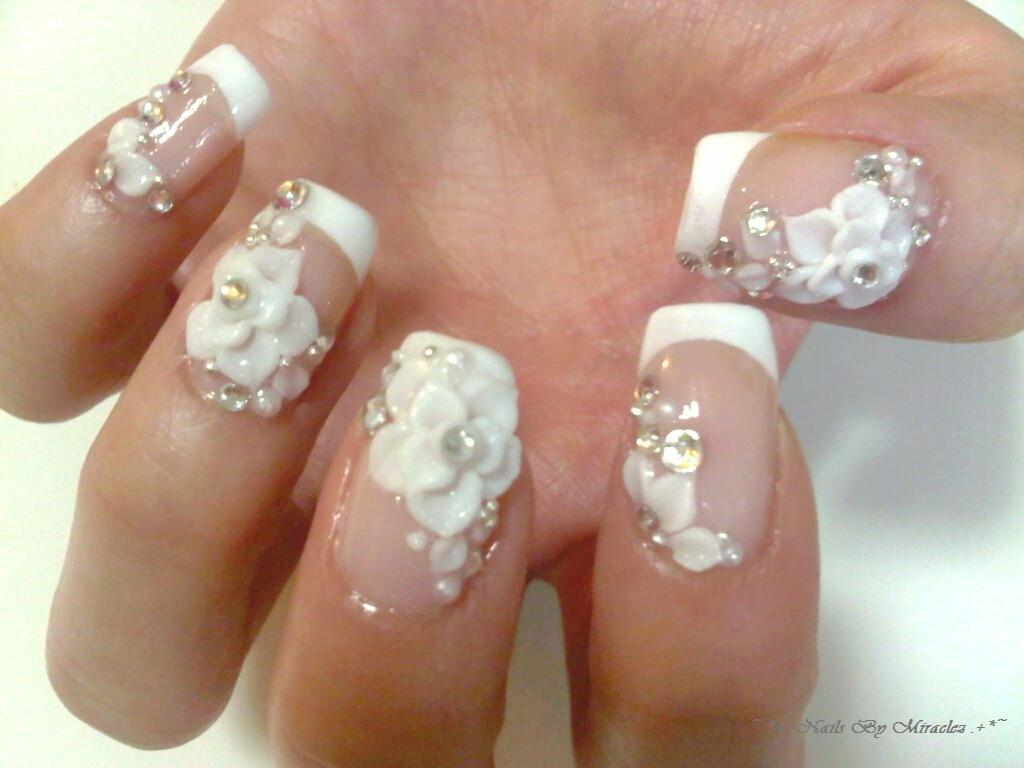 ACRYLIC NAILS: Nail Art Gems