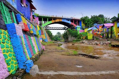 Jembatan Embong Brantas