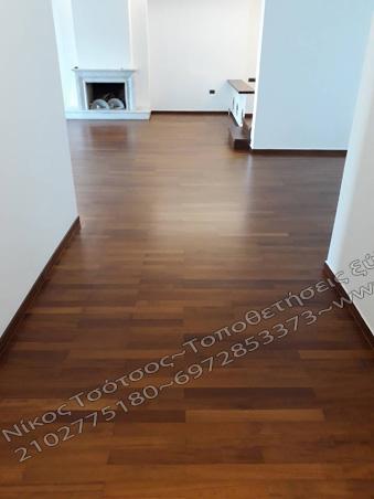 σατινέ ξύλινο πάτωμα ιρόκο