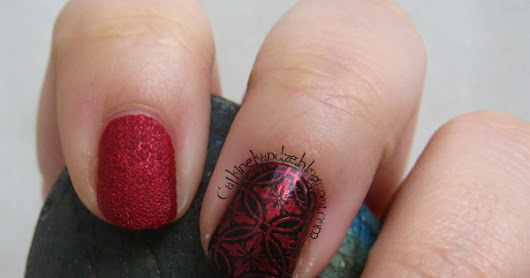 Matching Manicures - Red