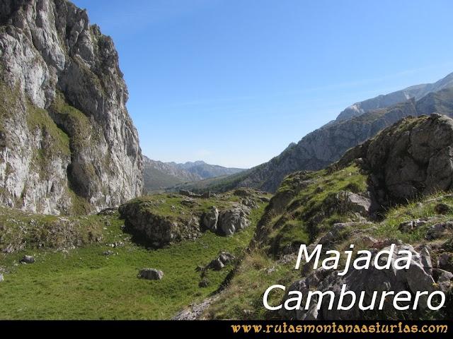 Ruta Poncebos a Cabrones por Camburero y Urriellu: Majada de Camburero