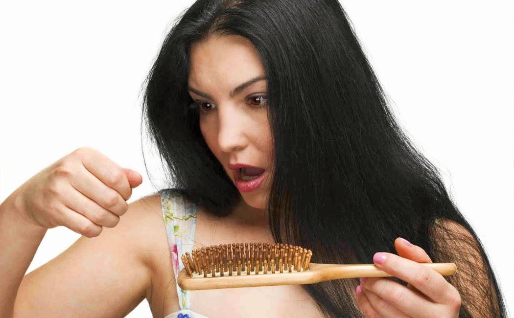 Cara Mengatasi Rambut yang Mudah Rontok Secara Alami