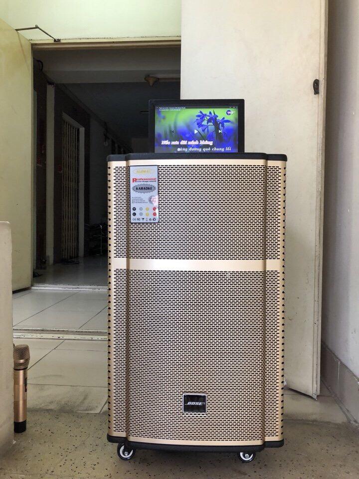 9000k - Loa kéo có màn hình 14inch Bose KT-9915 tặng 2 mic ko dây giá sỉ và lẻ rẻ nhất