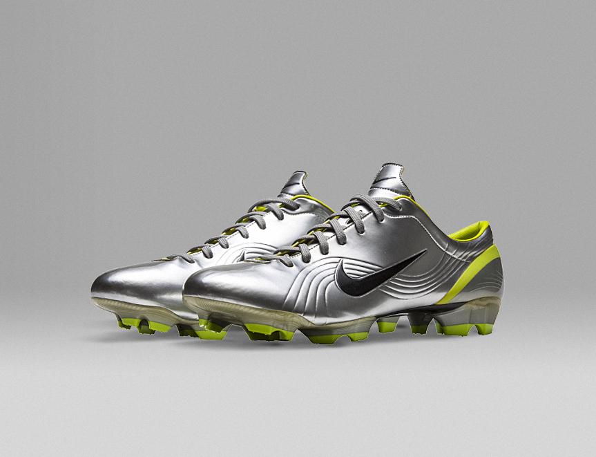 Nike writing