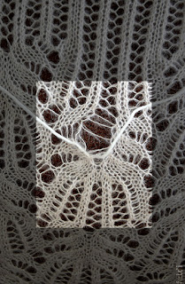 repairing knitted lace dropped stitches