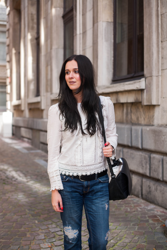 Outfit: Edwardian blouse and boyfriend jeans