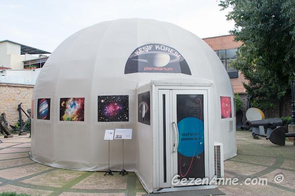 uzay temalı filmler gösterilen keşif küresi, Rahmi M. Koç Müzesi İstanbul