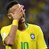 Tenista hace 'un Neymar' que desata la risa de los asistentes