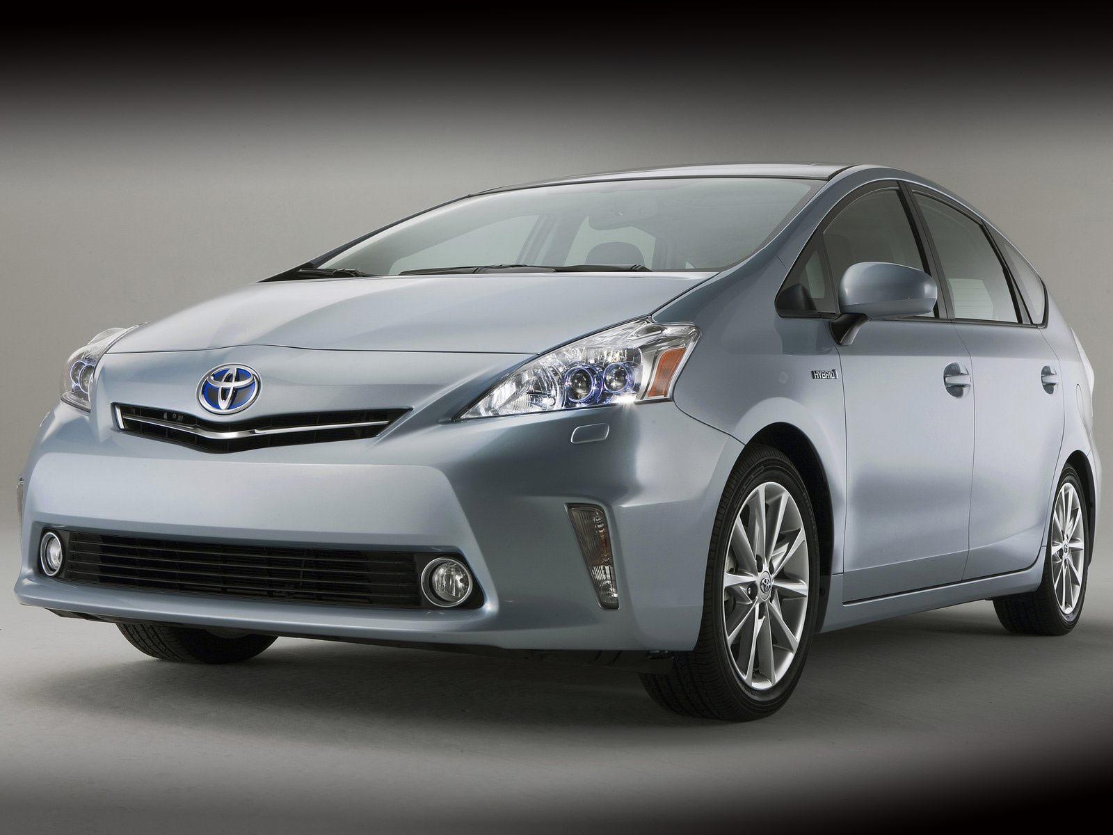 Japanese Car Photos 2012 Toyota Prius V