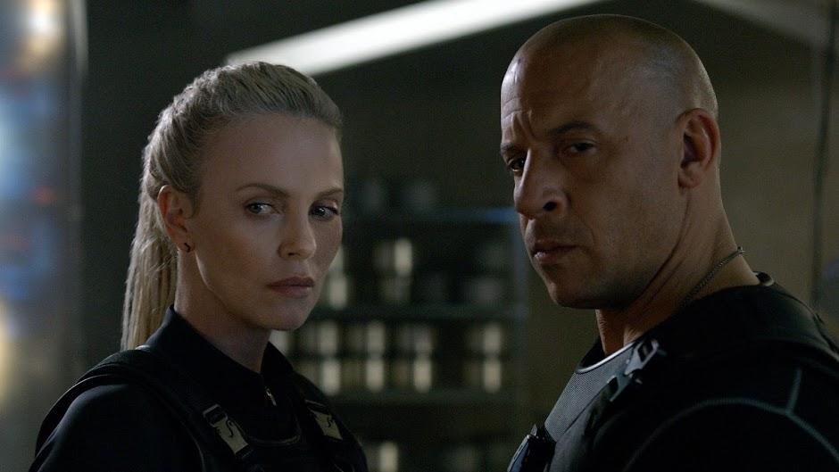 """Mais cenas inéditas no trailer internacional de """"Velozes e Furiosos 8"""", com Charlize Theron e Vin Diesel"""