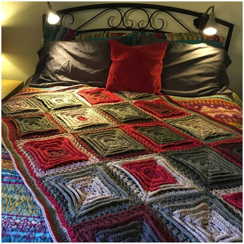 Hypnotic Tiles Afghan - Free Pattern