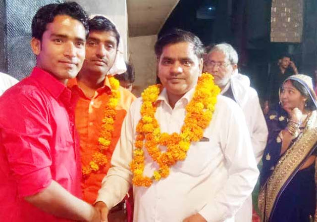Ravi Munish Bhadana, Councilor of Ward 25, blessed with the blessings of Mother Rani Jagran