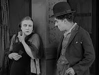 """Кадр из фильма Чарли Чаплина """"Собачья жизнь"""" / A Dog's Life (1918) - 12"""