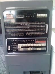 Contoh Komputer Generasi Pertama : contoh, komputer, generasi, pertama, Gambar, Komputer, Generasi, Pertama, Sampai, Sekarang, HipWe