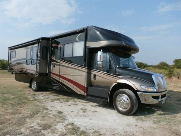 used rvs 2008 gulfstream supernova motorhome for sale by owner. Black Bedroom Furniture Sets. Home Design Ideas