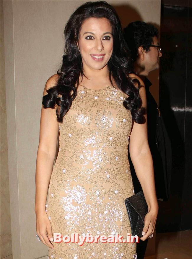 Pooja Bedi, Monali Thakur, Pooja Bedi, Amitabh  NRI of The Year Awards 2014