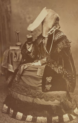 Sarah Helen Whitman during a trance, from the Brown Digital Repository