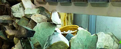 pictures of raw jade (2)