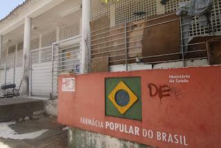 Fim das Farmácias Populares na Paraíba beneficia setor privado e reduz acesso a medicamentos