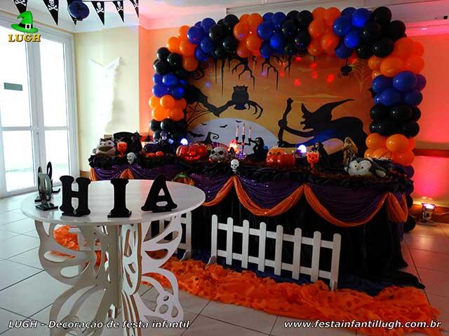 Decoração de mesa temática Halloween para festa de aniversário infantil