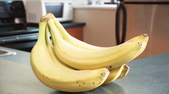 Banana – as well as being used as a dessert, bananas are grilled for a fish garnish, fried as fritters and served as a garnish to poultry (Maryland); they are used in fruit salad and other sweet dishes.