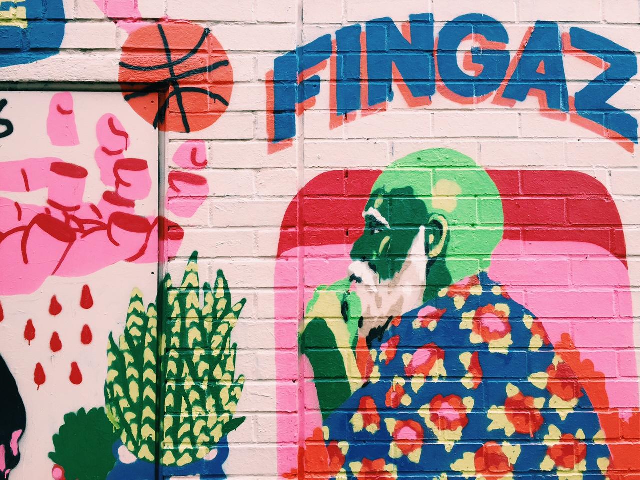 London-Wall-Art-Redchurch-Street-Broken-Fingaz