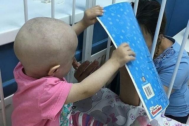 В Уфе годовалая девочка брошенная «родителями» вбольнице умерла отонкологии
