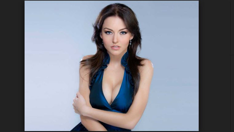 Angelique Boyer Weight