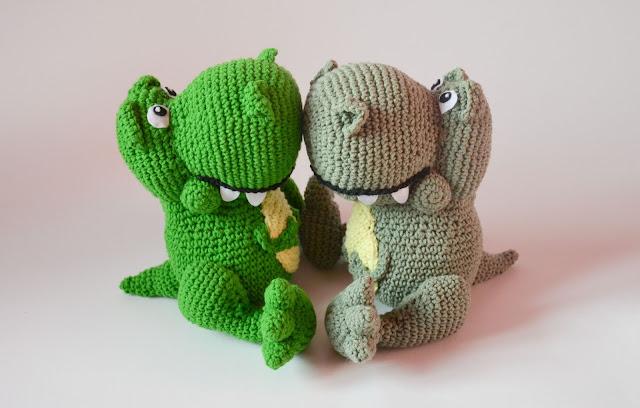 Krawka: Cute Tyrannosaurus REX crochet pattern by Krawka
