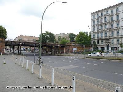 Berlin, bilder, verschiedene, bekannte, unbekannte orte, Sehenswürdigkeiten, Hochhaus, Bahn