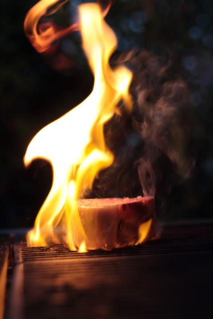Fleisch in Flammen | Arthurs Tochter Kocht by Astrid Paul