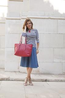 Falda de capa para un look Navy+Lady