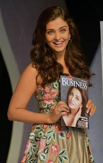 Ravishing Aishwarya Rai at the 7th Outlook Business Woman Awards 2016