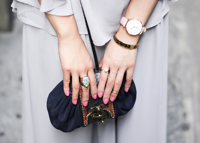How to Look Sophisticated Monochrome Outfit with Watch