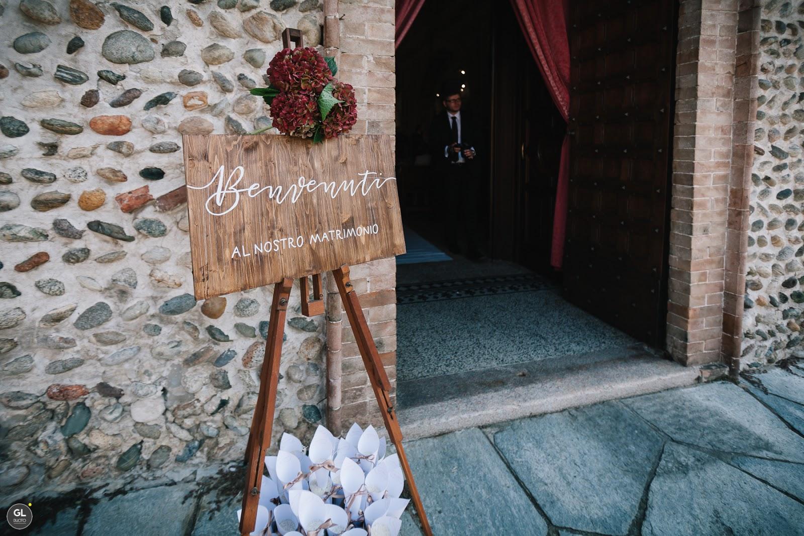 Allestimento esterno chiesa legno rustico