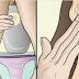 Cette femme a frotté son visage avec son premier pipi de la journée. Le résultat a surpris les dermatologues !