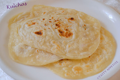 How to make kulchas at home yeast free simple kulcha recipe take maida flour in a wide bowl forumfinder Image collections