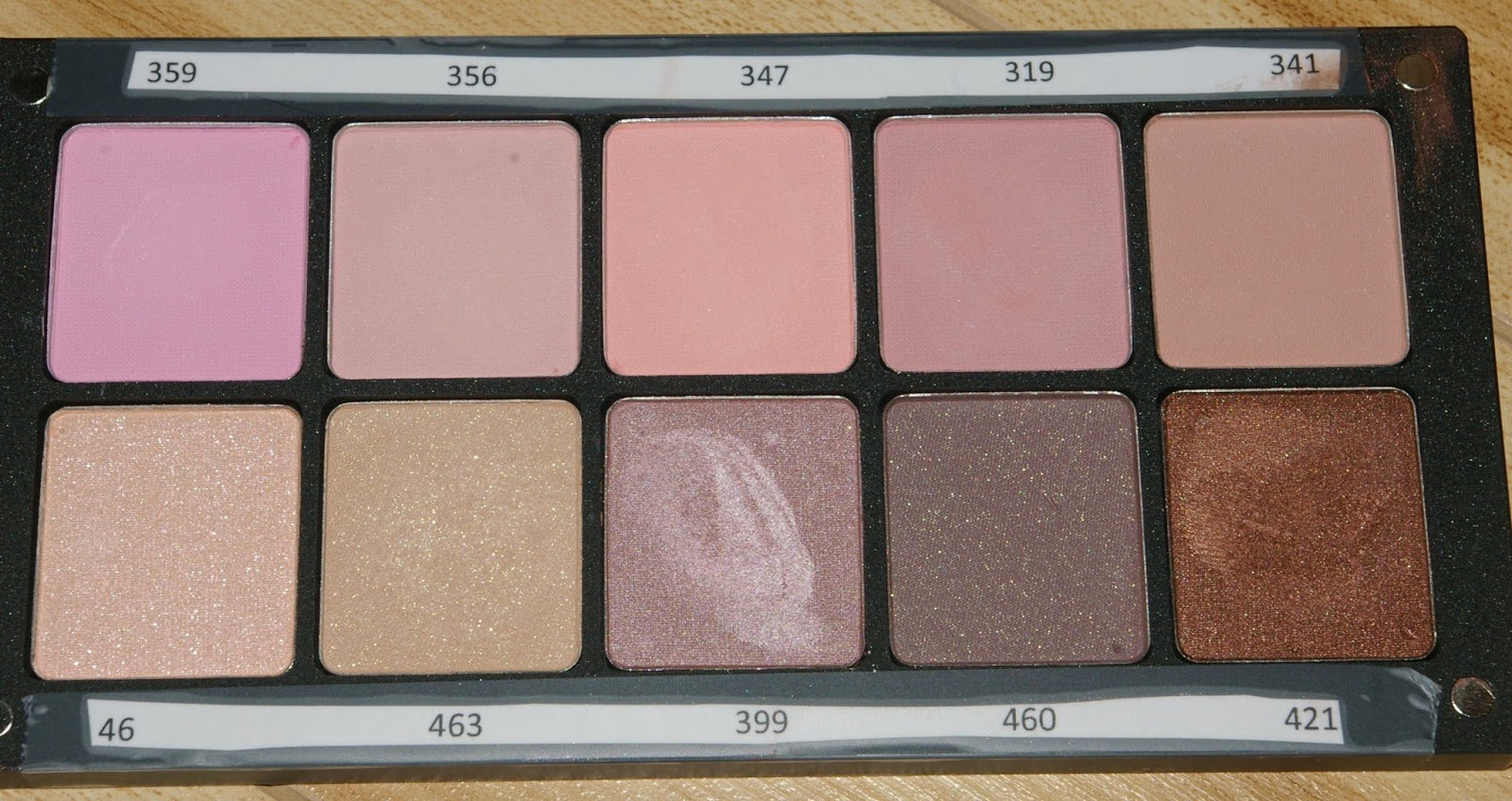 The Powder Room: Review and Swatches of Inglot 382 Matte