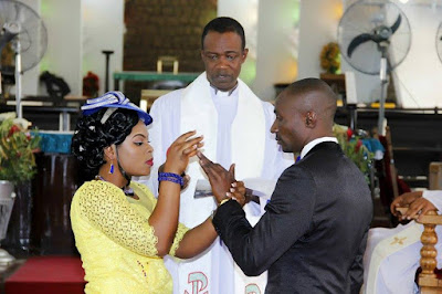Photos: Church forces Bride to wear Yellow Wedding Gown over 2 weeks Pregnancy