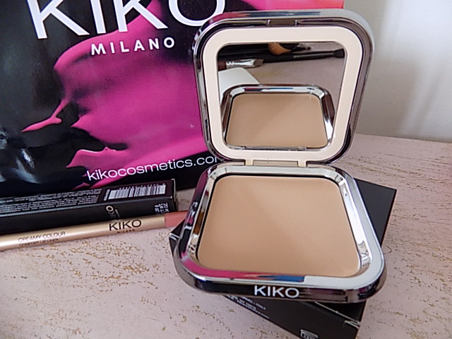 Kiko NOURISHING PERFECTION CREAM COMPACT FOUNDATION