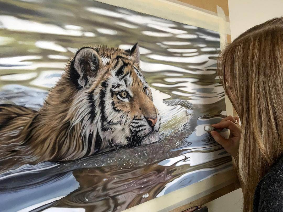 02-Tiger-in-Water-Danielle-Fisher-Realistic-Animal-Portrait-Pastel-Drawings-www-designstack-co