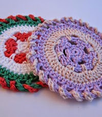 http://www.mycrochetprojects.com/blog-content/uploads/2012/09/Farbkreise-color-wheels-crochet-pattern-3.pdf