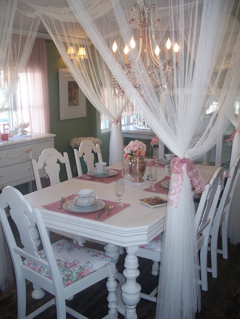 Romantic Dining Room: My Heritage Home: Shabby Chic Special Spaces