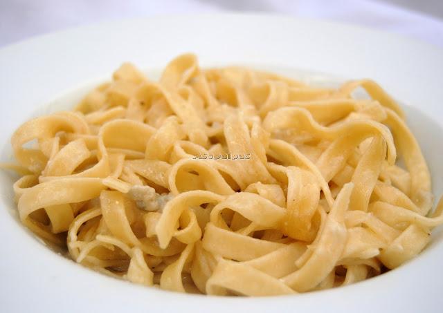 Tallarines con Salsa de Gorgonzola